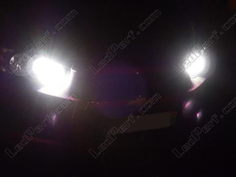 pack ampoules de feux phares xenon effect pour chevrolet aveo t300. Black Bedroom Furniture Sets. Home Design Ideas