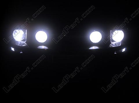 pack ampoules de feux phares xenon effect pour ford mustang. Black Bedroom Furniture Sets. Home Design Ideas