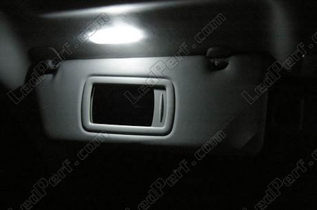 [PARTENARIAT] 10% sur LedPerf.com - Eclairage auto à leds Pack_blanc_led_xenon_renault_laguna_3_tuning_miroir_courtoisie_1