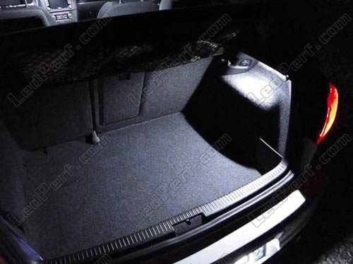 LedPerf.com - Eclairage automobile à Leds [Reduction] Pack_blanc_led_xenon_Volkswagen_Golf_6_tuning_coffre_1
