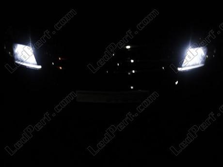 [PARTENARIAT] LedPerf.com - Eclairage automobile à LEDS Pack_blanc_led_xenon_opel_vectra_gts_veilleuses_1