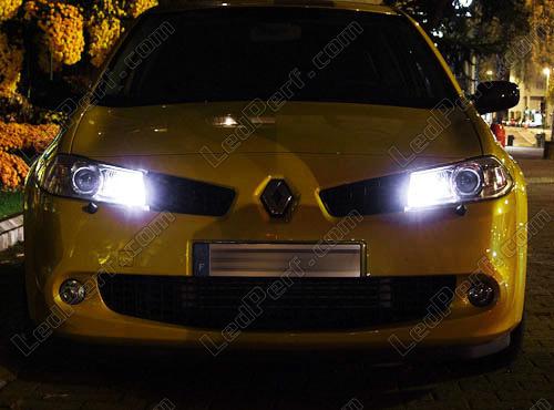 [Reduction] LedPerf.com : Eclairage Auto à Leds Eclairage_Veilleuse_Blanc_xenon_luxe_Renault_Megane_2_xenon_led_tuning_2x