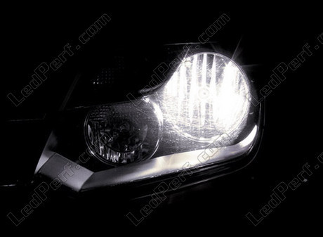pack ampoules de feux phares xenon effect pour volkswagen amarok. Black Bedroom Furniture Sets. Home Design Ideas