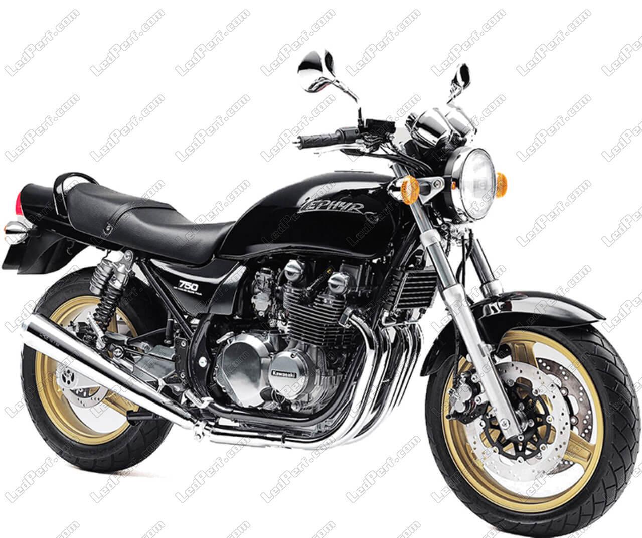 phares additionnels led pour moto kawasaki zephyr 750. Black Bedroom Furniture Sets. Home Design Ideas