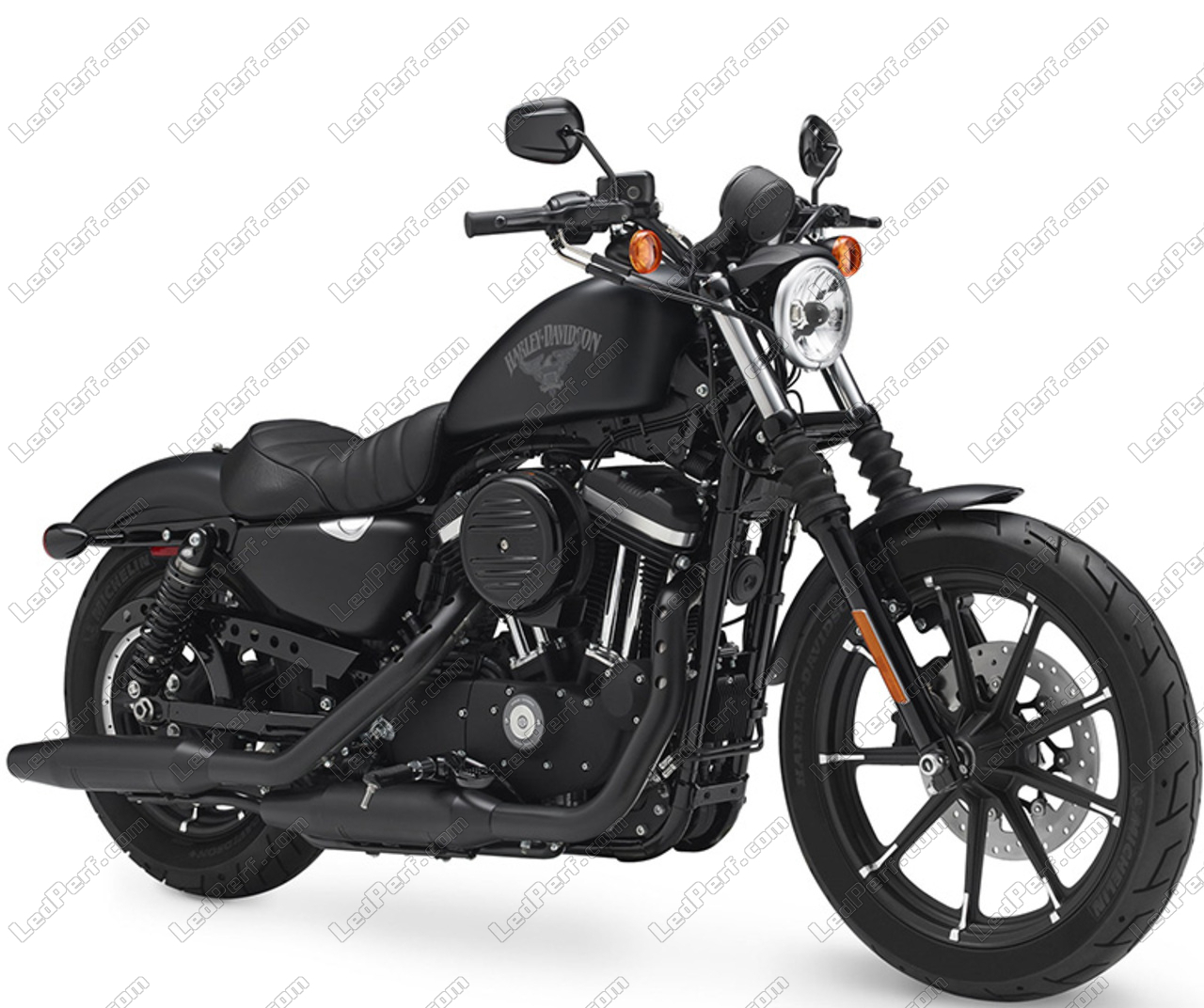 phare led rond pour harley davidson iron 883 garantie 5 ans. Black Bedroom Furniture Sets. Home Design Ideas