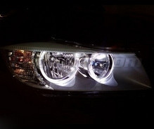 Pack angel eyes à leds pour BMW Serie 3 (E90 - E91) Phase 2 (LCI) - Sans xenon d'origine