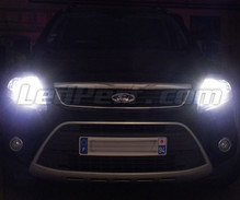Pack ampoules de phares Xenon Effects pour Ford Kuga